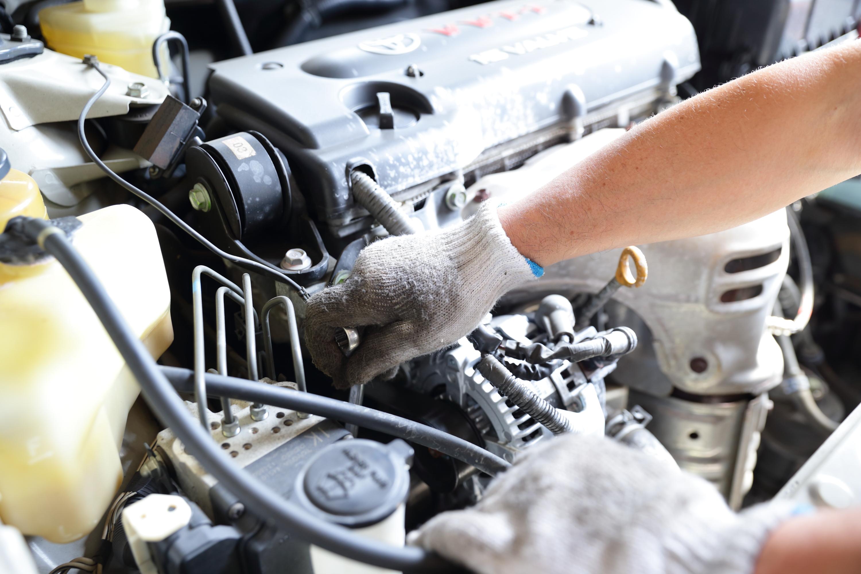 車検作業の様子3